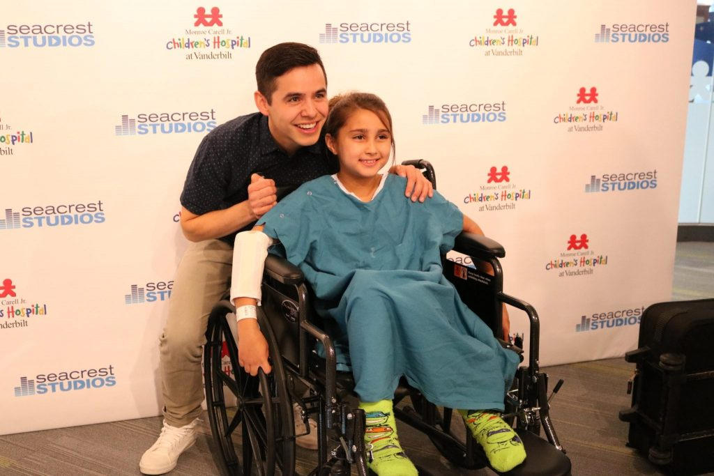david-archuleta-at-monroe-carrell-3